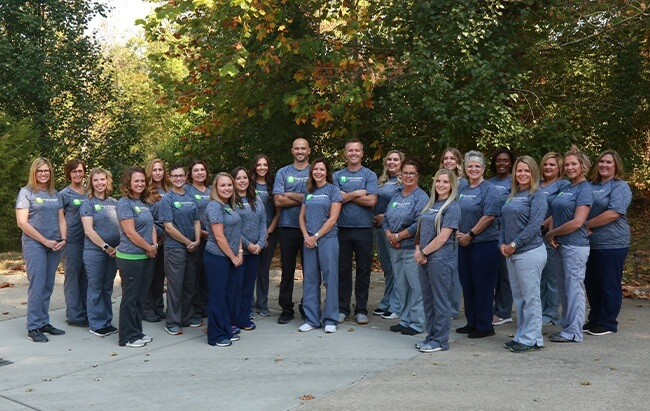 The Warnick & Semder Dentistry team outdoors